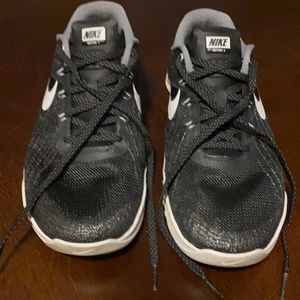 Nike Metcon 3 cross training athletic shoe